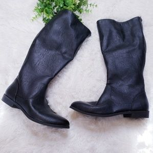 🚨5/$25 American eagle black zip up boots